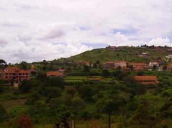 Lweza town