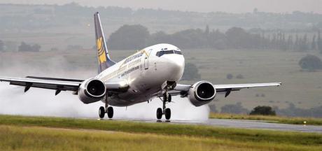 plane-landing-d0000f7d9dc1c79f640c6
